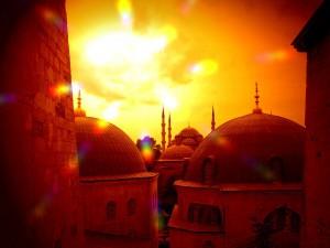 Blick von der Hagia Sophia auf die Silhouette von der Blauen Moschee