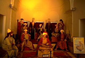 Schauplatz und nachgestellte Szene aus dem Museum für Gesundheit im Krankenhauskomplex von Sultan Beyazid in Edirne