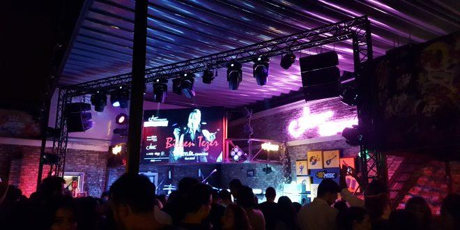 Sanat Performance Beyoglu Konzert von der Rockgruppe Gripin 2018