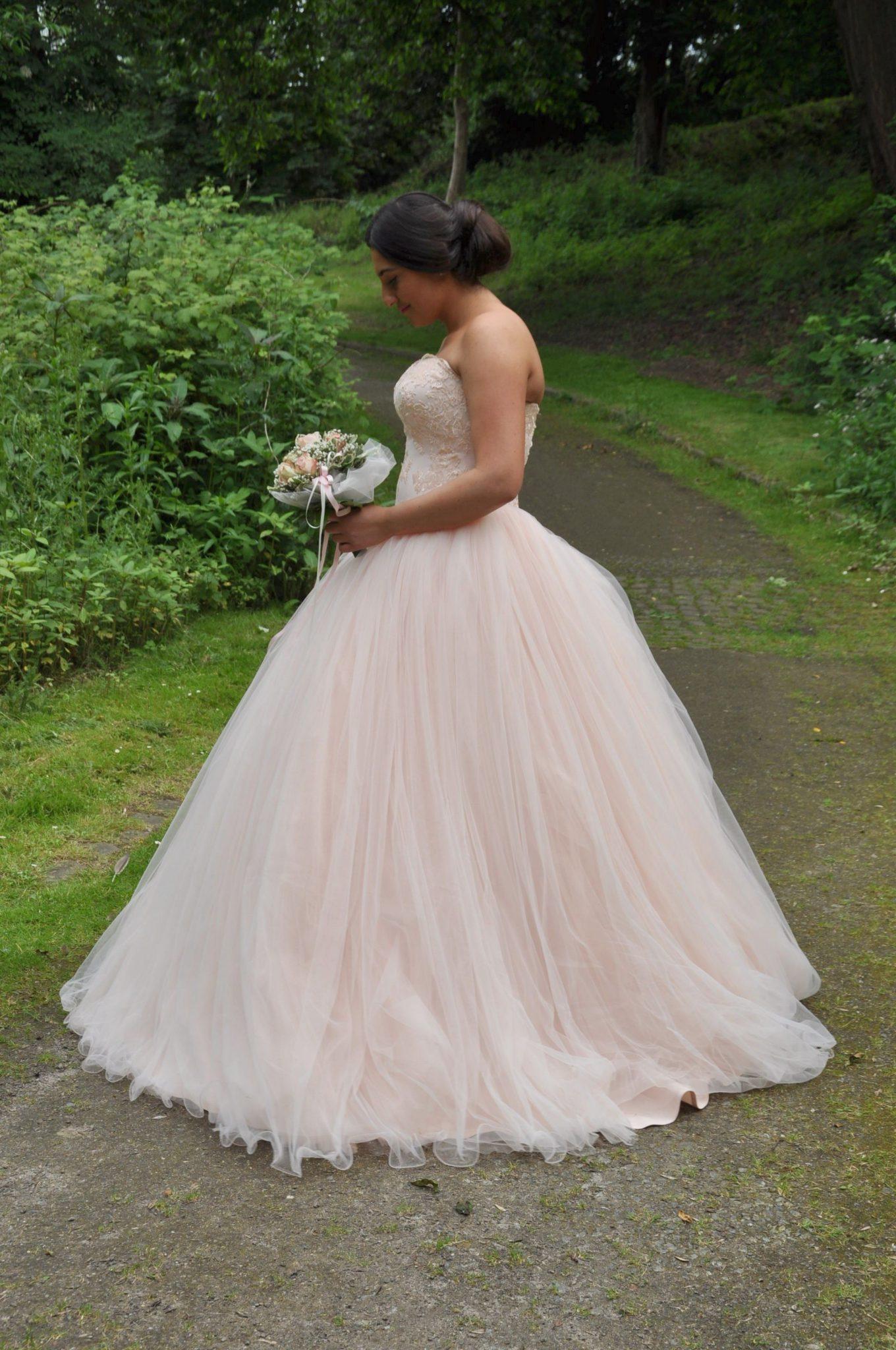 Brautkleid in der Türkei/Istanbul kaufen: Türkisches Hochzeitskleid •
